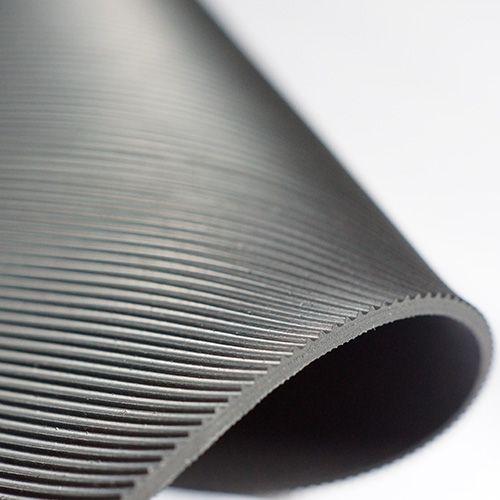 Feinriefenmatte 4 mm | 1,0 m Breite | Schwarz