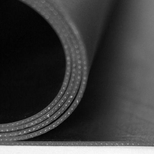Gummiplatte 2mm | NR/SBR | mit Einlage | 1,2m Breite | Schwarz