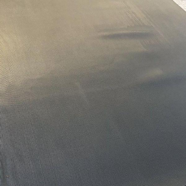 Feinriefenmatte 3 mm | 1,2 m Breite | Dunkelgrau [B-Ware, ungleichmäßige Färbung, wellig]