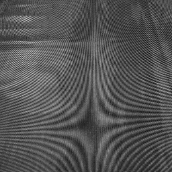 Feinriefenmatte 3 mm | 1,2 m Breite | Schwarz [B-Ware, ungleichmäßige Färbung, teils wellig]